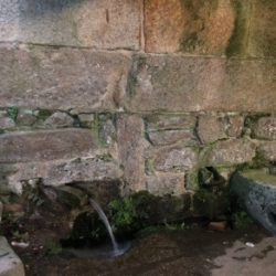 Fonte-Lavadoiro de Outeiro S. XVIII San Martino de Bueu 2